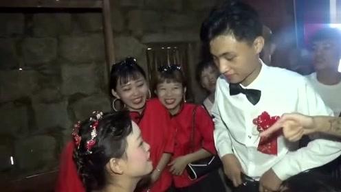 海南农村一姑娘出嫁,家里太穷了,石头房子还四面透风