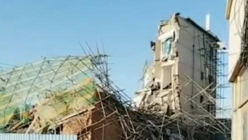 通报:吉林白城市一银行办公楼倒塌 6人被困 已救出4人
