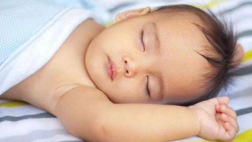 过了这个时间宝宝还不睡?当心以后长不高!家长要起好表率作用