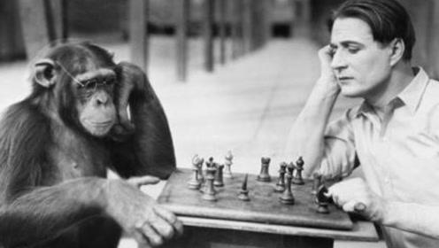 人类现在是否停止进化了?专家直言:100年后脸上可能多点东西