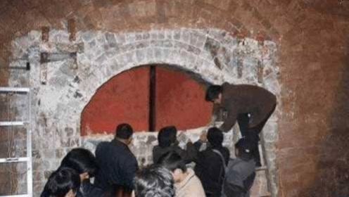 湖南望城盗墓案曝光,墓中古董一个都没丢,专家解释引世人热议
