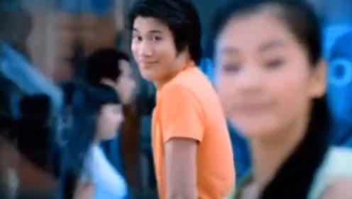 王力宏21年前的广告,女主完全被忽略,现已跻身一线成大咖
