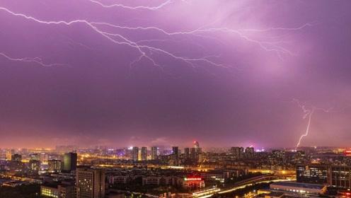 雷电对飞机有危害么?英国王子私人飞机被3000万伏雷电击为何没事