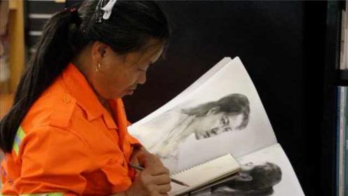 环卫女工每日练习绘画:想用画笔记录深圳的变化