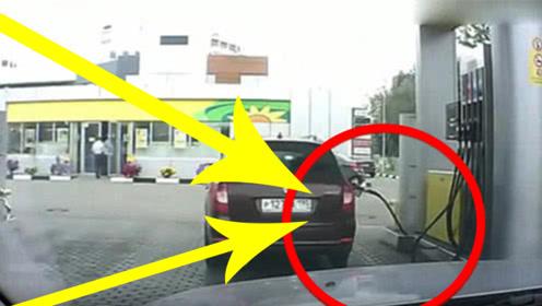 女司机的脑回路真清奇,都想带走加油站的油管,网友:不带这样的!