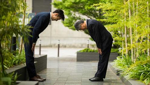 """""""帮助陌生人""""榜倒数第一!新调查:日本是世界上最冷漠国家"""