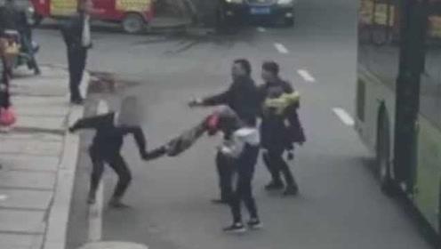 男子偷手机拒捕获刑3年10个月:被女警连追4条街,曾多次盗窃