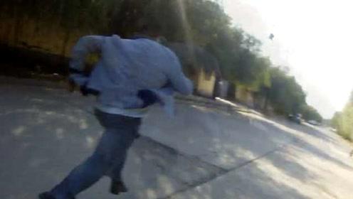宝马男醉驾遇查弃车逃跑,没跑几步累瘫在地:低估警察实力了