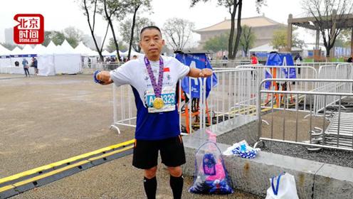 四川民警坚持跑步抗癌 3年多赢得42块马拉松奖牌