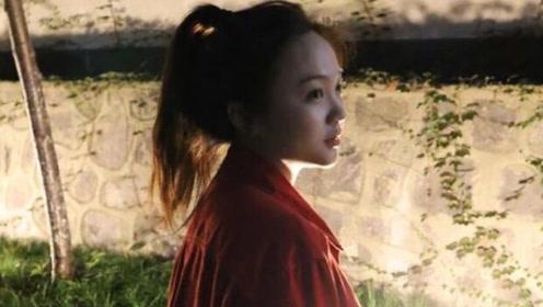 甜美少女初长成!林妙可红衣高马尾侧颜精致
