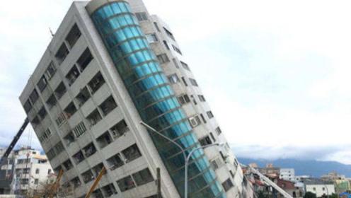 印度怎么了?48层高楼倒塌,3亿群众高呼:中国需全额赔偿