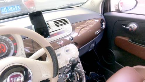 有钱人的世界不懂!26W买这么小的菲亚特500,听听车主用车感受!