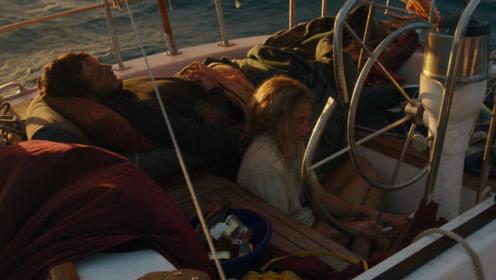 一部真实事件改编的电影,飓风夺走丈夫的命,妻子漂流了41天!