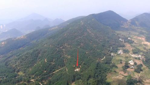 有钱人请大师选地,花20万买在这样的地方,看地形是不是坑大了?