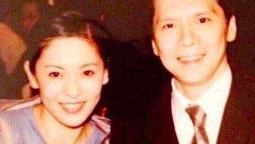 向华强养了前妻40年,颜值家世不输向太,还曾是李小龙红颜知己?