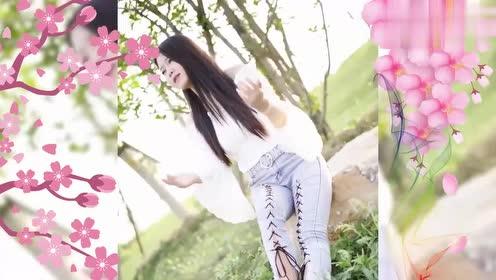 女歌手一首民谣《你知道我在等你吗》,人美歌甜,循环听了很久!