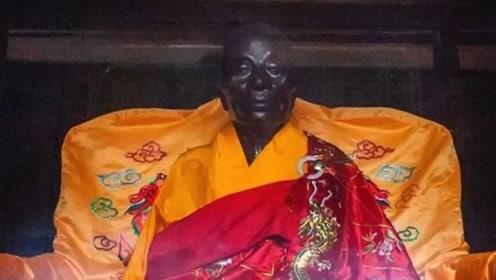 中国佛教禅宗创始人,圆寂后真身依旧完整,供奉在禅宗发源地