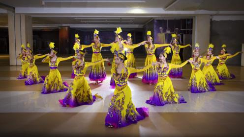 民族舞/少年跳民族舞,竟跳出了不菲的爱情!