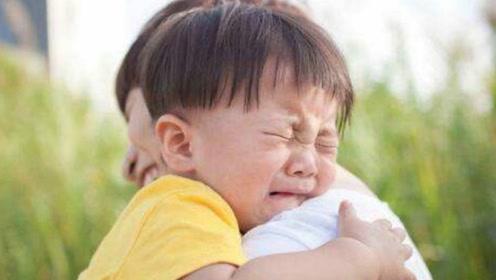 """家有男孩,这几种养育方式一定要避免,每一个对孩子都是""""伤害"""""""