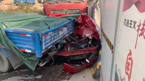 """命大!小车遭遇5车追尾 夹在中间成""""铁饼""""车上人员仅受轻微伤"""