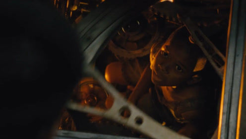 电影:一辆雪国列车,载着地球最后幸存者!永动机却是孩子换的