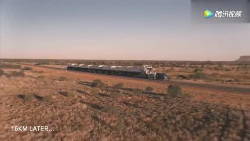 路虎再次开挂 这次拖行的是110吨重的卡车!
