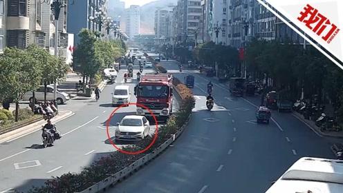 福建南平一小车恶意阻拦消防车 交警:罚款100元记3分