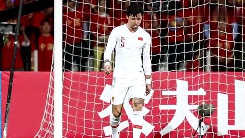 罕见乌龙球导致国足1:2输叙利亚,张琳芃社媒被球迷攻陷