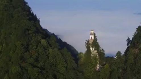 中国最危险的房子,矗立悬崖500年稳如山,你敢爬吗?
