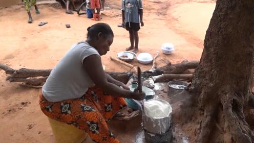 非洲人主食不是面不是米,那他们每天吃什么?一天一顿压根吃不饱!