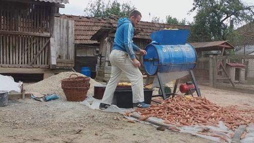 3个农民发明的便捷工具,大大提高了劳作的效率