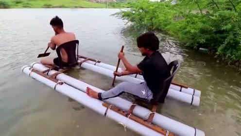 两个小伙自己制作的小划船、简单实用真方便