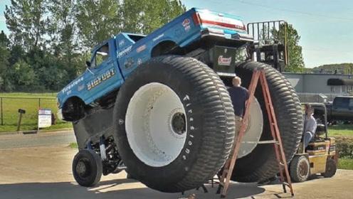 """轮胎4.5米高的""""V24""""改装车,一脚油门踩去,就知道这是""""王者"""""""