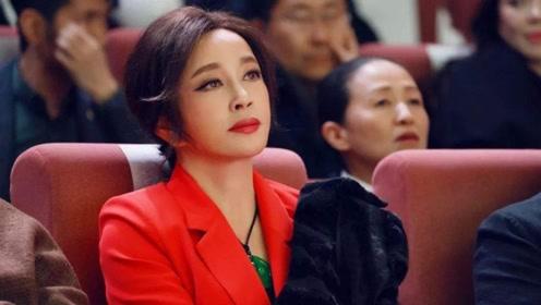 67岁刘晓庆直面整容传闻 霸气回应:我老不了