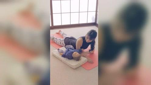 产后瑜伽:修饰背部线条的瑜伽