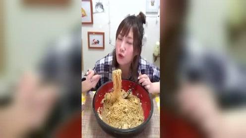 木下大胃王吃日本最美味的札幌拉面!