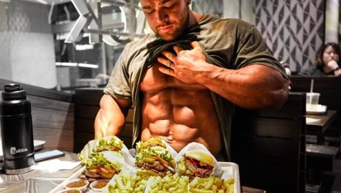 一整天都在吃饭是什么体验?看看健美巨兽一日吃10餐,差点吃到吐!