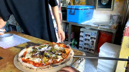 看看台湾街头的窑烤披萨怎么样?现场烤制香气扑鼻