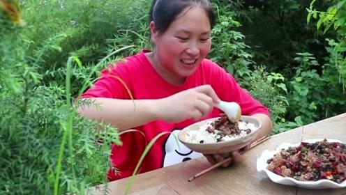 最奢侈的下饭菜,胖妹8斤田螺炒陈年腊肉,一锅米饭根本不够吃!