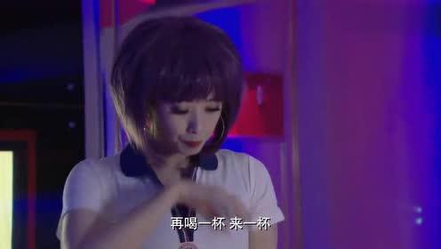 新闺蜜时代:韩文静见到有人为难王媛,仗义帮忙,这才是好姐们