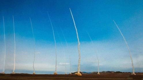 火箭军十枚导弹齐射暗藏重要喜讯,指导员说出重点,某型导弹或形成战力