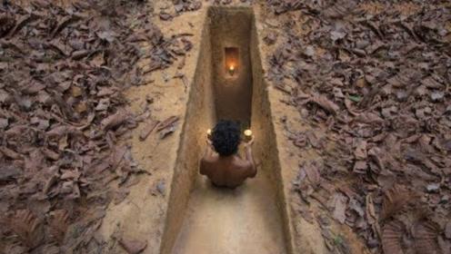 """小伙在地底下挖出""""豪华""""别墅,走进去一看,简直亮瞎了眼!"""
