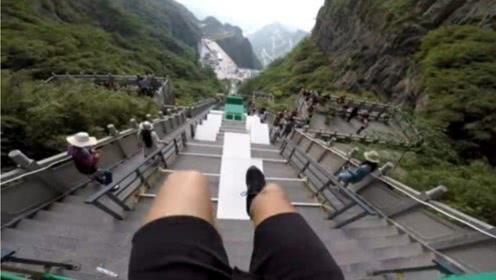 外国跑酷达人,挑战天门山999层天阶,跪着看完全程!