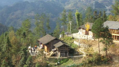 看访贵州一位107岁老奶奶,住在大山里喜欢喝茶