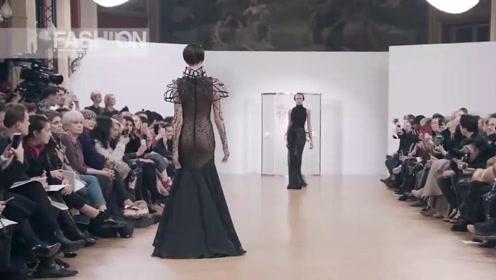 鱼尾黑裙的设计,高奢范十足,观众纷纷拍照!