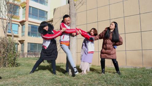 老师体育课遇上奇葩学生,老师让报数,不料学生全跑去抱树