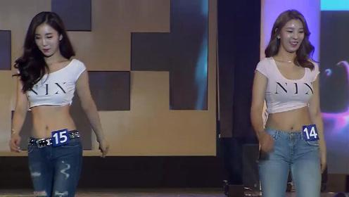 韩模姐妹花气质登场,简约时尚的穿着,尽显迷人风采!