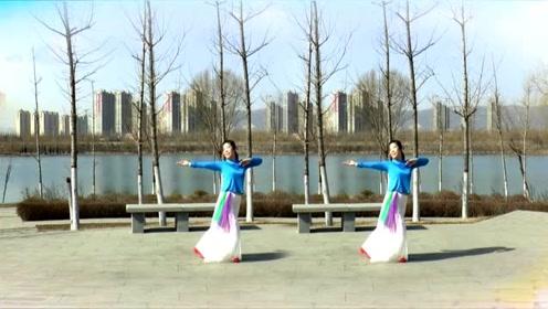 广场舞《花弦月》优美抒情,16步现代舞,好看好学