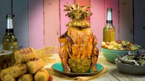 国外小哥制作水果鸡,菠萝西瓜任君选择,成品看着太诱人