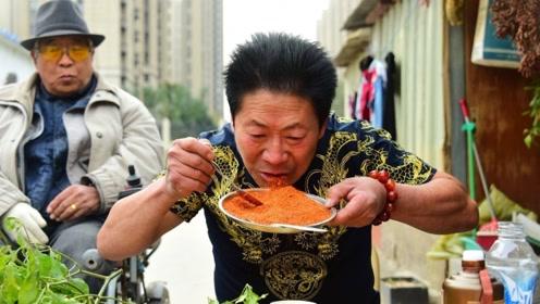 """中国辣王PK美国辣王,究竟谁更能吃""""辣""""?结果令人出乎意料"""
